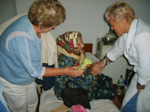 2009 Summer trip - bags to patients